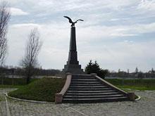 Bendery - pomnik 55 Podolskiego Pułku    <br />postawiony w 1912 r w rocznicę wojny z Napoleonem - fot. R.Simaczenko